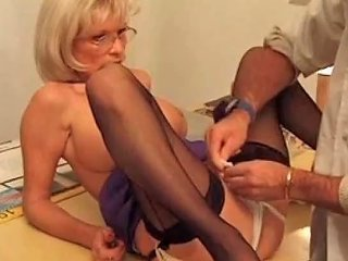 Pussy Pierced Mature Slut Getting Cunt With Piercing