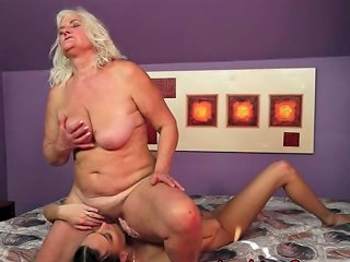 Mature Scissoring Teen Babe Free Old And Young Lesbian Love Hd Porn